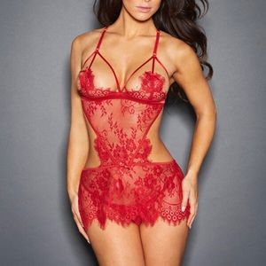 NEW Frederick's of Hollywood Melanie lace chemise